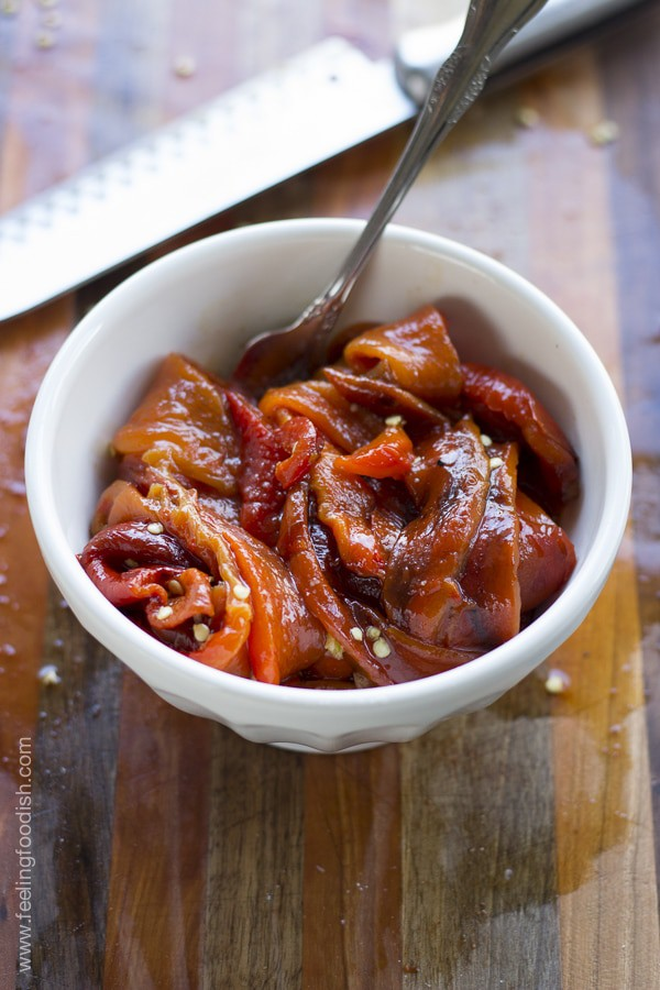 Roasted red bell peppers are perfect for a side dish, a sandwich topping, or an appetizer | Feelingfoodish.com