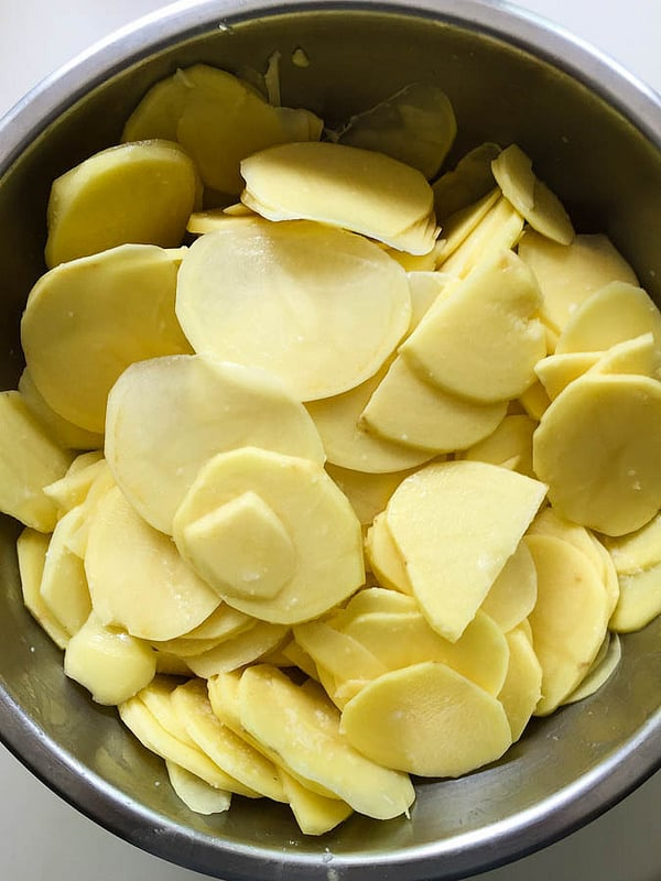 sliced potatoes ready for the pizza!